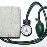 【2021】血圧計おすすめランキング10選|高齢者向け~スマホ連携まで