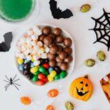 【2021】子供が楽しめるハロウィンお菓子詰め合わせおすすめ20選!ラッピングも紹介!