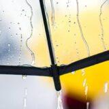 大きいのに軽量!長傘より便利な折りたたみ傘の最強おすすめ10選|ワンタッチ式、晴雨兼用など